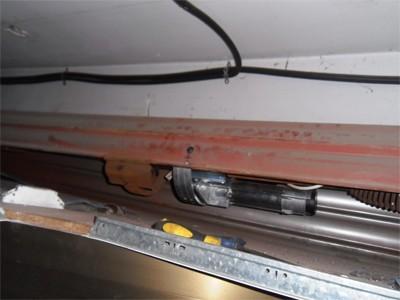 Instalar motor central Somfy en puerta de comercio