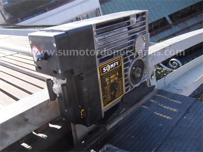 Motores Somfy compact para grandes estructuras