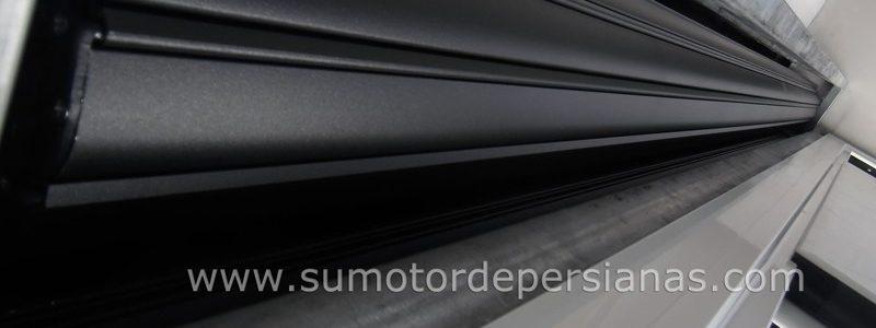Instaladores persianas de seguridad con Motor Somfy