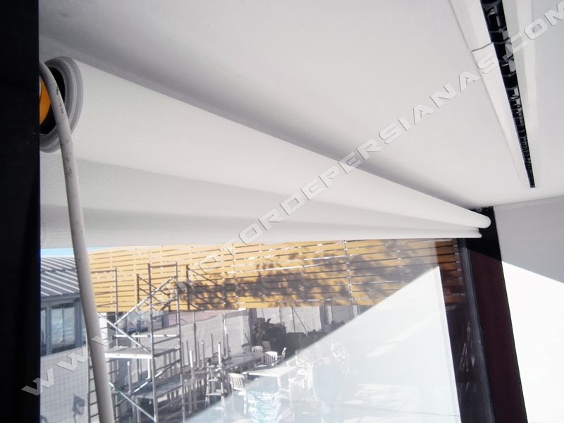 Store o cortina enrollable con motor Somfy RTS